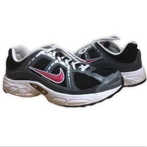 Nike Compete 2 Athletic Gray Black Pink Sz 9.5